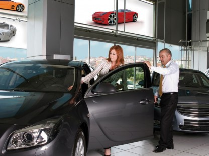 Three Top Marketing Tips for Car Dealers