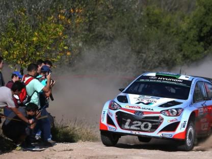 Rally Argentina crash hospitalizes six spectators